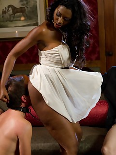 Black Dominatrix Pics