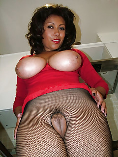 Something blacks on milf porn thumbs not doubt